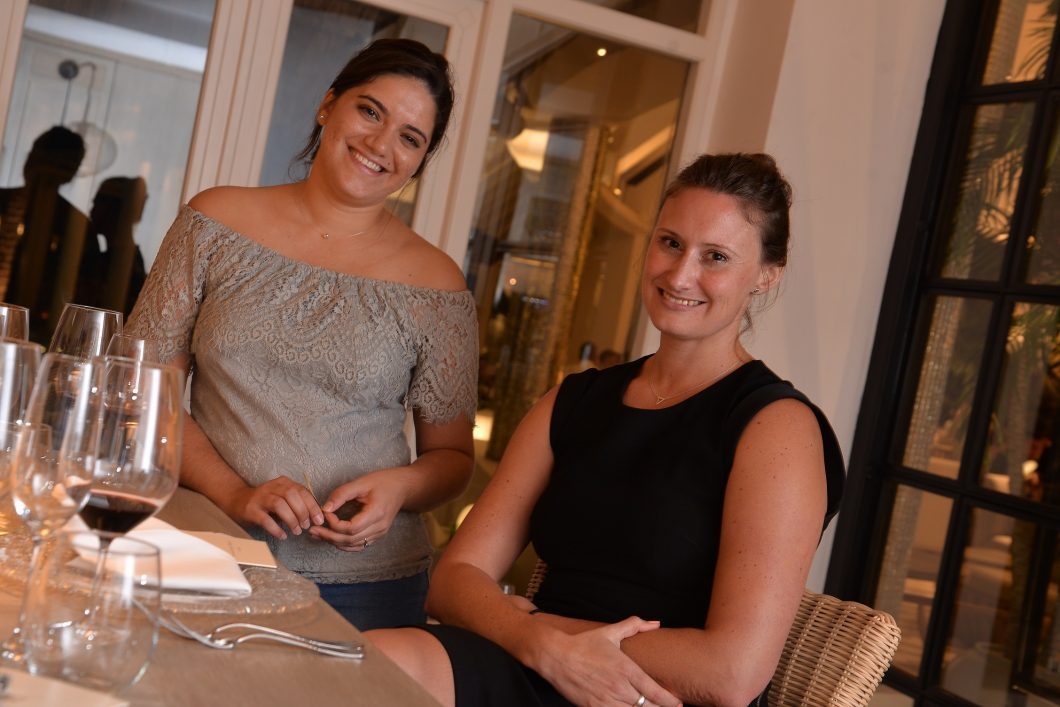 Olivia Aliphon et Margot Allis lux grand gaube luxury mauritius