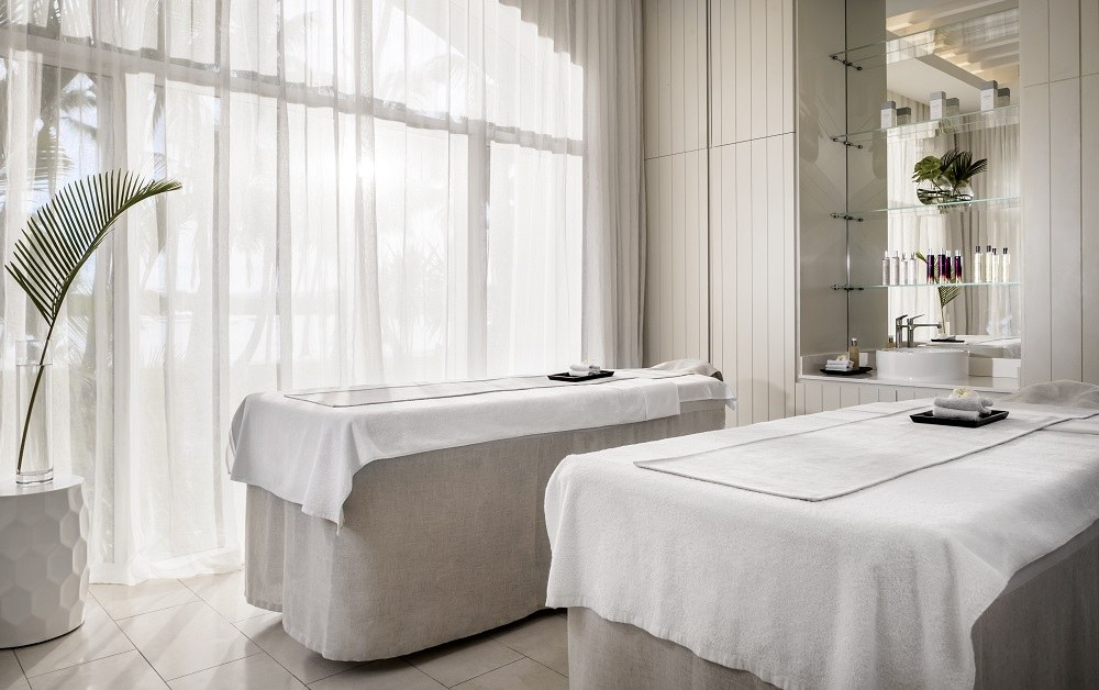 OO_LeSaintGéran_Wellness_Spa_Couples_Treatment_Room luxury mauritius