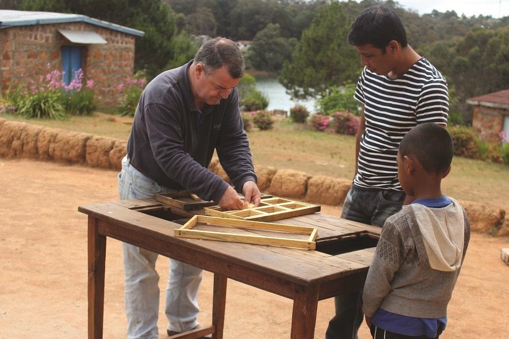 Luxury Indian Ocean Laribees Fabrication de cadre avec des malgaches, Madagascar