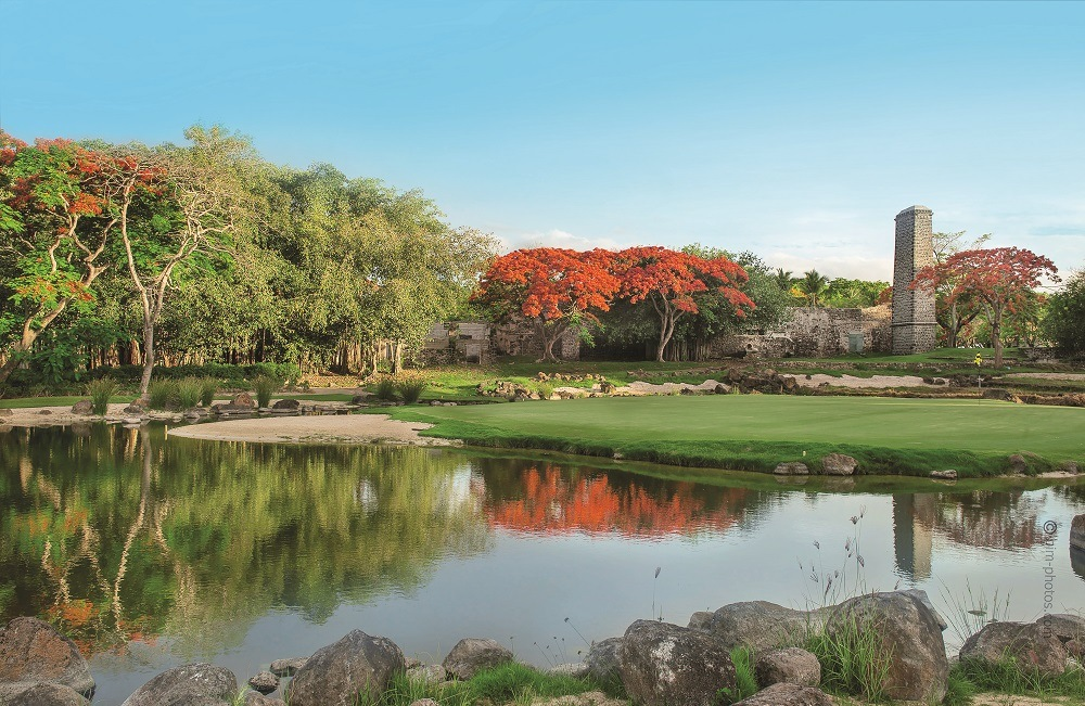 Luxury Indian Ocean Luxury Estate Mont Choisy Beach & Golf Estate